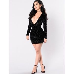 Fashion Nova Long Sleeve Velvet Black Dress